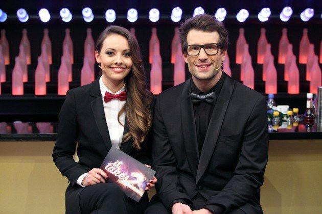 It takes 2 am 12.2.2017 - Finale - hier Moderatoren Julia Krüger und Daniel Hartwich