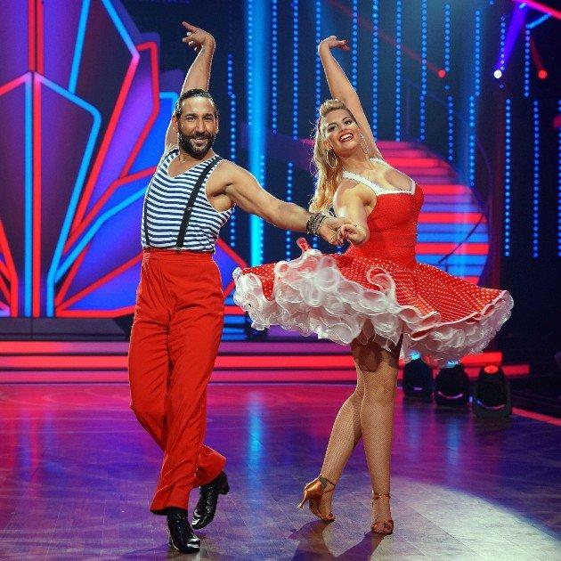 Angelina Kirsch und Massimo Sinato bei Let's dance am 17.3.2017