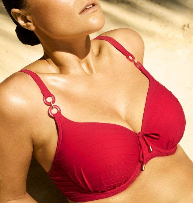 Bikini Oberteil 2017 von PrimaDonna Swim - Model Sherry, Farbe True Red