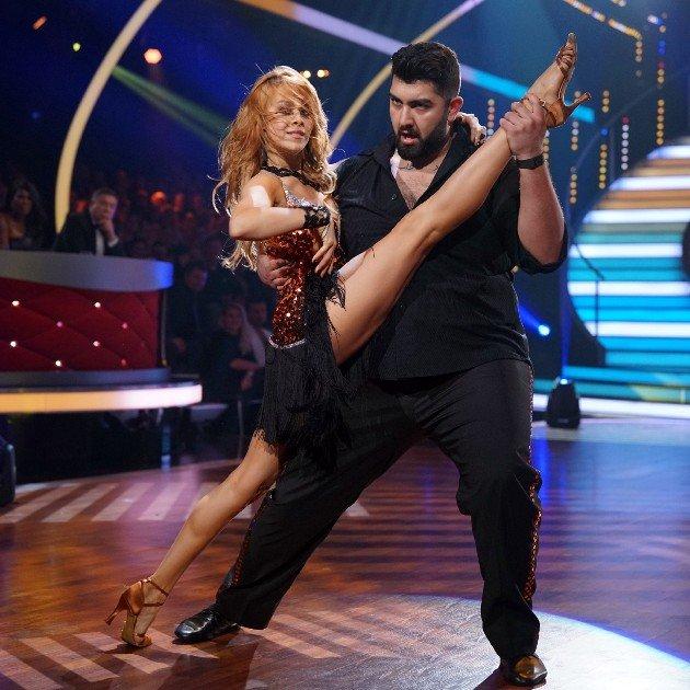 Faisal Kawusi und Oana Nechiti ei Let's dance am 17.3.2017