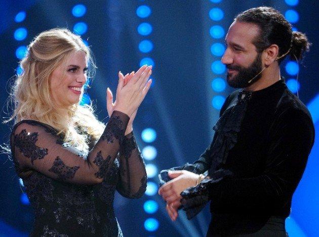 Angelina Kirsch - Massimo Sinato im Finale Let's dance 9.6.2017