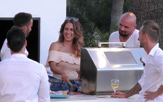 Bachelorette Jessica am 5.7.2017 mit Arnold, Domenico, Jessica, Niklas und Basti