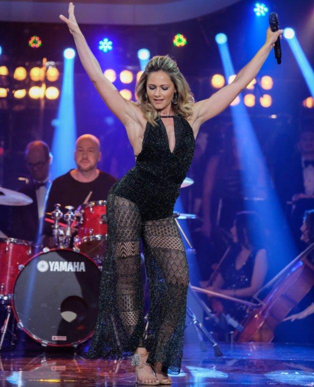 Photo: ORF/Hans Leitner, Quelle: https://www.salsa-und-tango.de/dancing-stars-2017-sieger-sind-maria-santner-martin-ferdiny/91140/