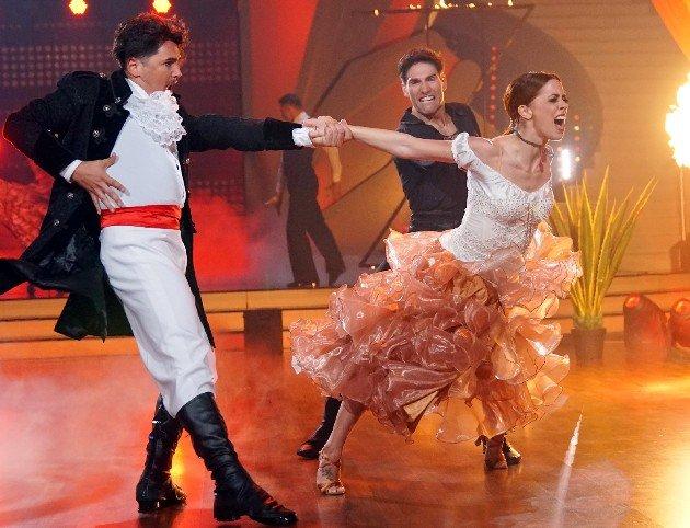 Vanessa Mai mit Christian Polanc - Erich Klann beim Freestyle Finale Let's dance am 9.6.2017