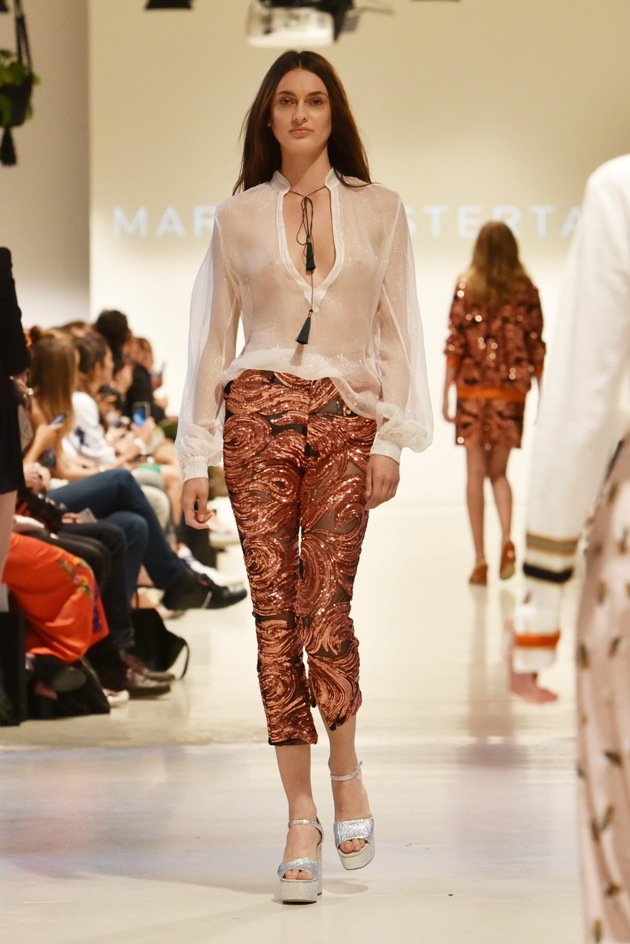 Brokatstoffe bei Marcel Ostertag Mercedes-Benz Fashion Week Juli 2017
