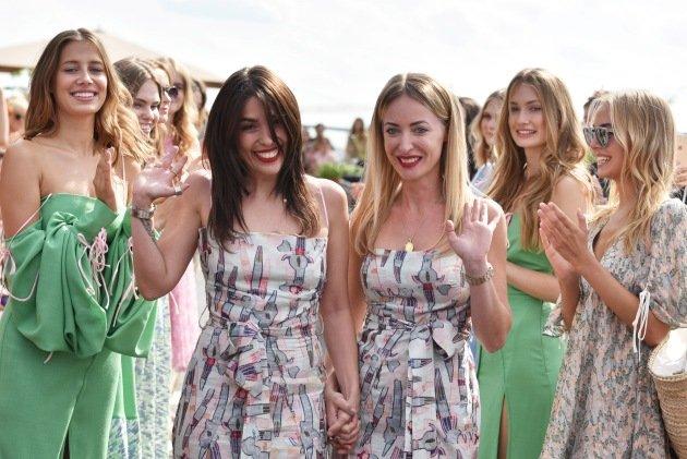 Designerinnen Lana Mueller und Gelena Roizen bei ihrer Show zu Fashion Week Berlin Juli 2017