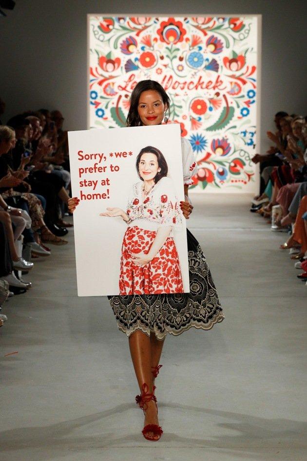 Lena Hoschek lässt sich schwanger zur Fashion Week Berlin Juli 2017 entschuldigen