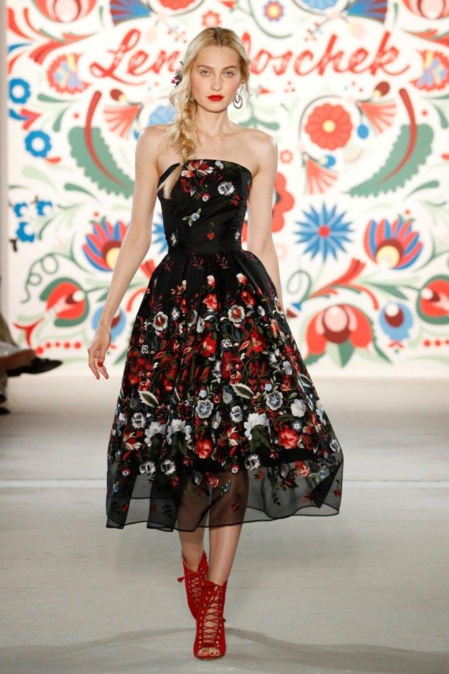 Wunderschönes Kleid Lena Hoschek Mode 2018 Fashion Week Berlin Juli 2017