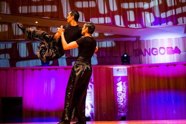 Männliches Tango-Tanzpaar Tango WM 2017 Tango Escenario