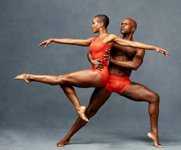 Tänzer Akua Noni Parker und Glenn Allen Sims vom Alvin Ailey American Dance Theater
