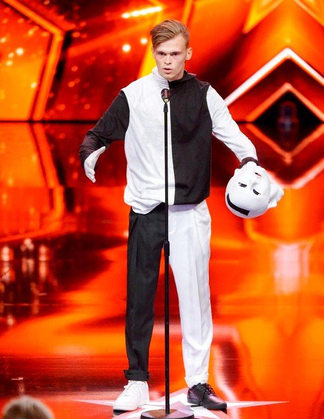 Artem Gussev beim Supertalent am 18.11.2017