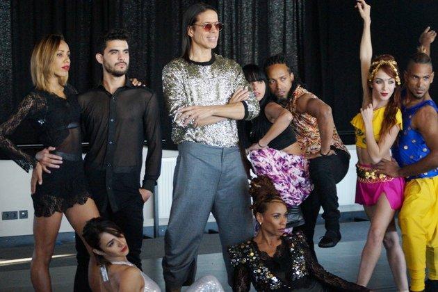 Ballet Revolucion 2018 Tänzer mit Jorge Gonzalez