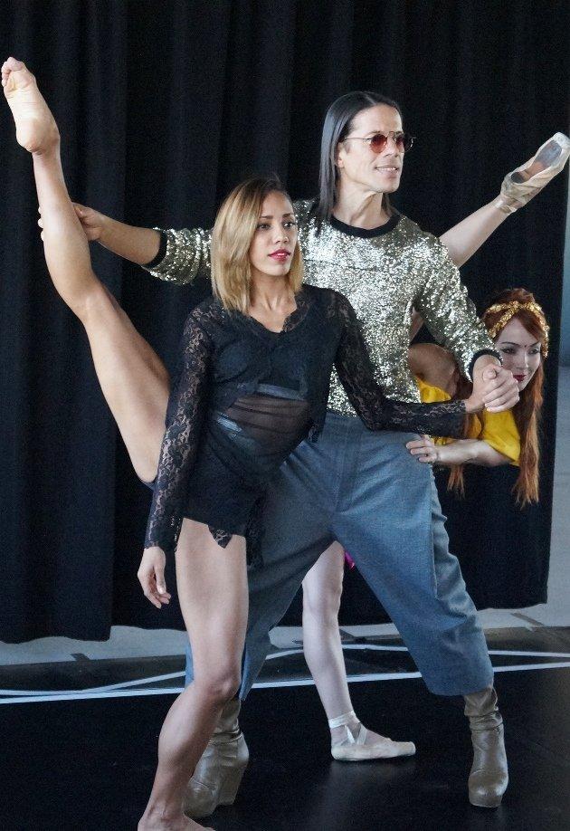 Jorge Gonzalez und Tänzerinnen Barbara Lisandra Patterson Sanchez und Mariem Valdés Martínez - 7