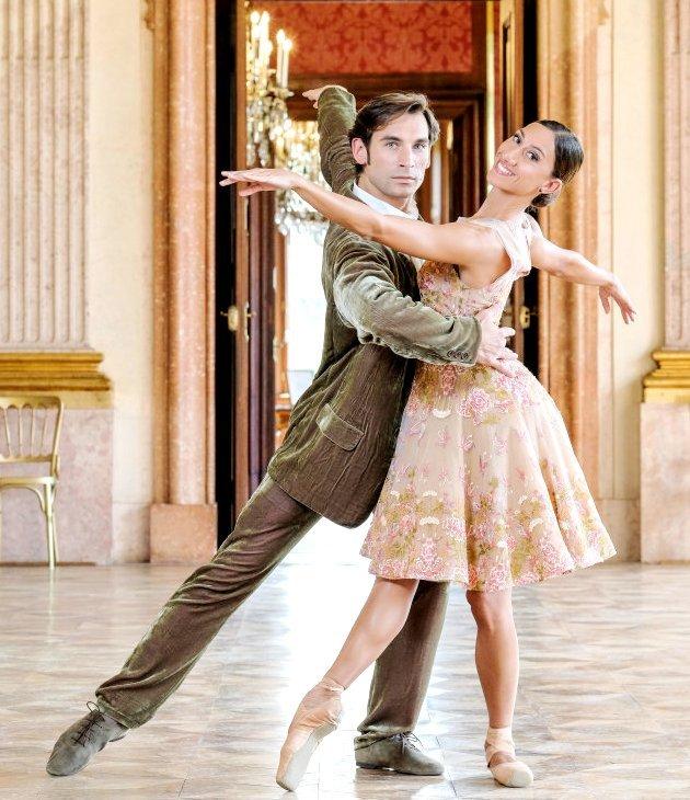 Mihail Sosnovschi - Ioanna Avraam - Tänzer vom Wiener Staatsballett beim Neujahrskonzert 2018