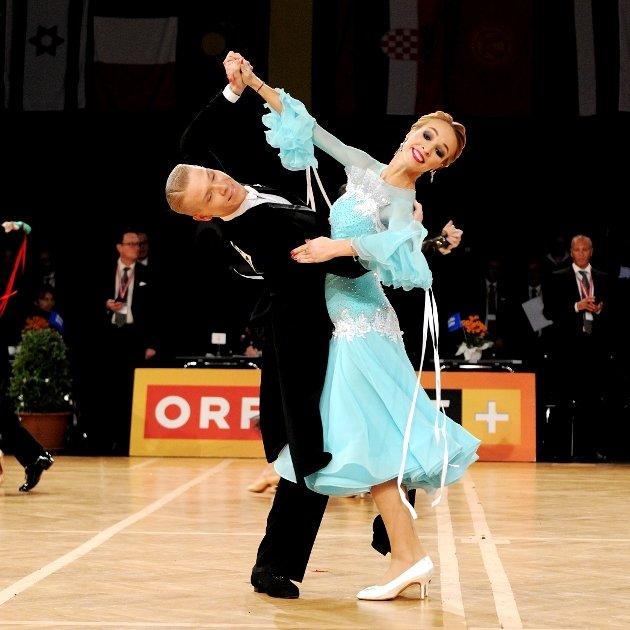 Vasily Kirin - Ekaterina Prozorova aus Österreich beim WDSF Grand Prix Finale erfolgreich