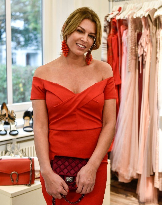 Sabia Boulahrouz im roten Outfit Promi Shopping Queen am 14.1.2018
