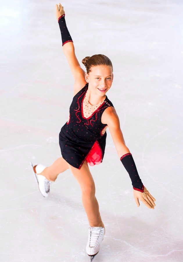 Stephanie Pesendorfer Meisterin 2018 Junioren Österreichische Meisterschaft Eiskunstlauf 2018