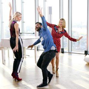DSDS 2018 am 3. Februar 2018 - Kandidaten und Jury tanzen