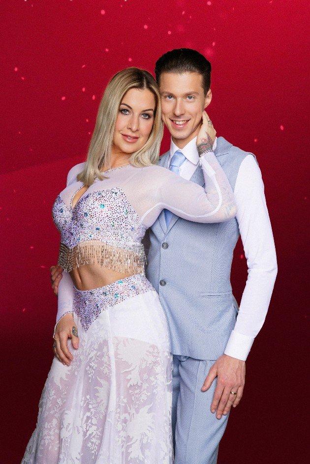 Charlotte Würdig - Valentin Lusin als Tanzpaar bei Let's dance 2018