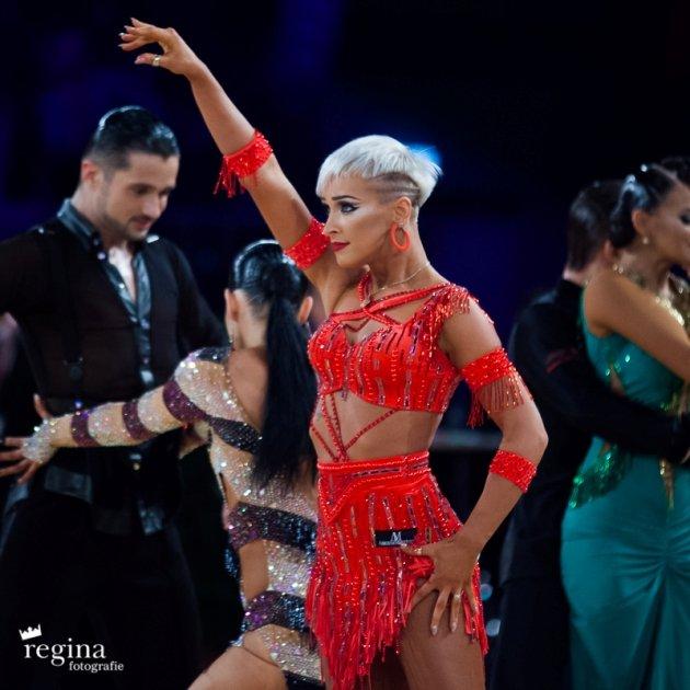 Salsango Tanzsport Magazin - hier Khrystyna Moshenska