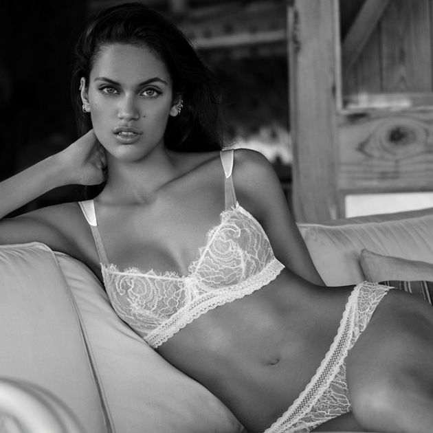 Dessous-Mode Sommer 2018 Andres Sarda Modell Glass