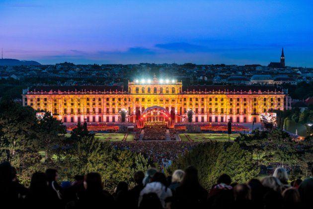 Sommernachtskonzert 2018 Wiener Philharmoniker 31.5.2018 mit Anna Netrebko