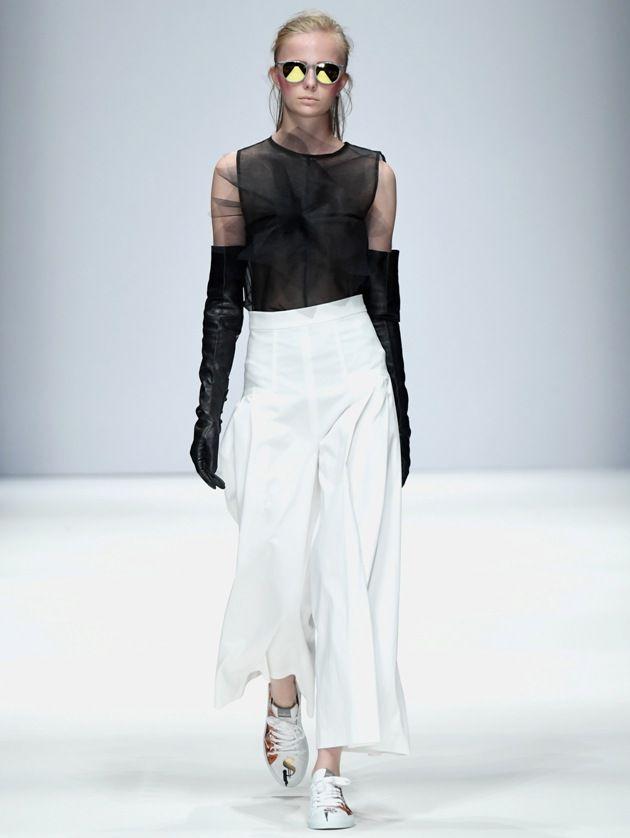 Frühjahr-Sommermode 2019 von Irene Luft zur MBFW auf der Fashion Week Berlin Juli 2018 - 05