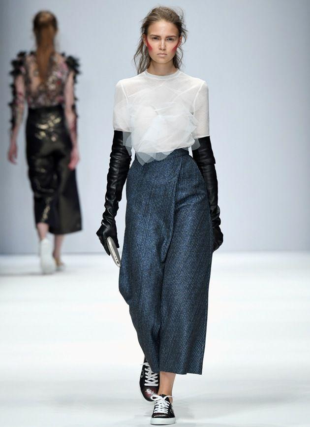 Frühjahr-Sommermode 2019 von Irene Luft zur MBFW auf der Fashion Week Berlin Juli 2018 - 11