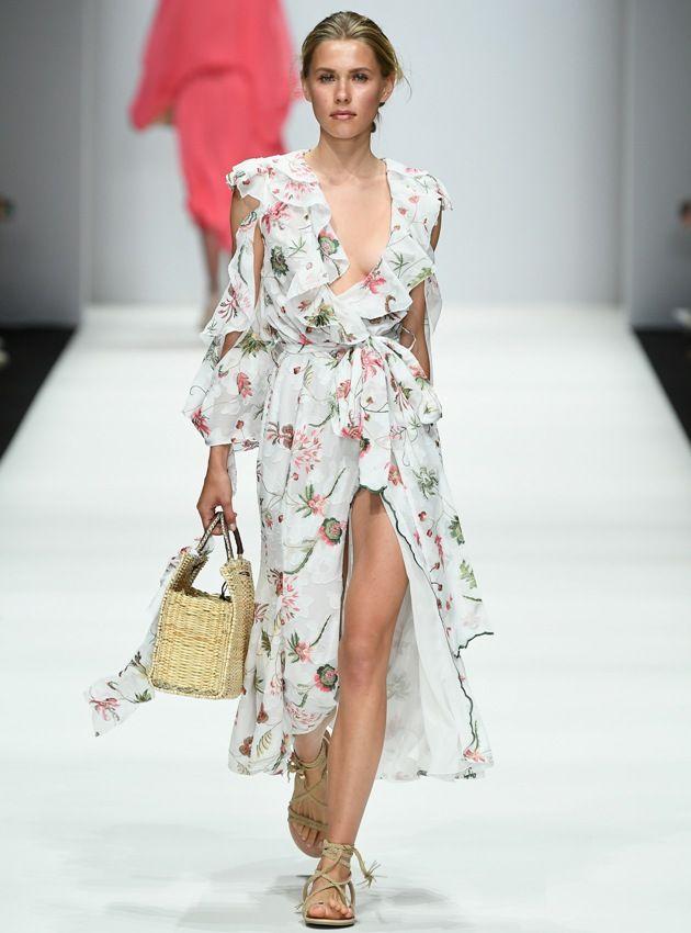 Lana Mueller Sommerkleid Sommermode 2019 zur MBFW auf der Fashion Week Berlin Juli 2018 - 4