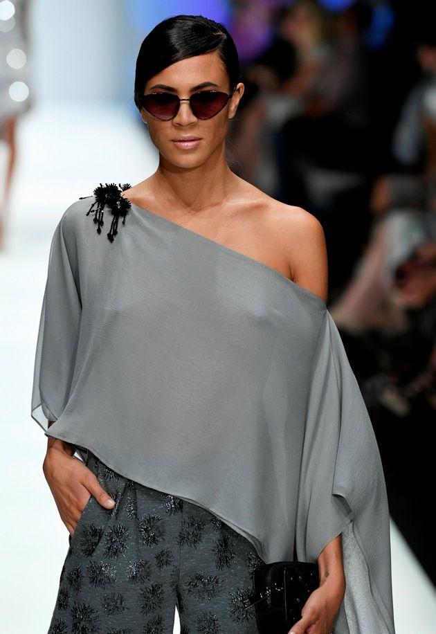Schulterfreies Top Sommermode 2019 bei Guido Maria Kretschmer zur MBFW bei der Fashion Week Berlin Juli 2018