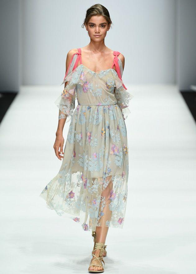 Sommerkleid Lana Mueller Sommermode 2019 zur MBFW auf der Fashion Week Berlin Juli 2018 - 3