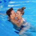 Bachelorette 2018 am 8.8.2018 - Maxim und Nadine im Pool
