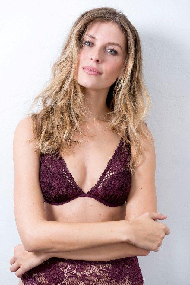 Wioleta bei Sylvies Dessous Models