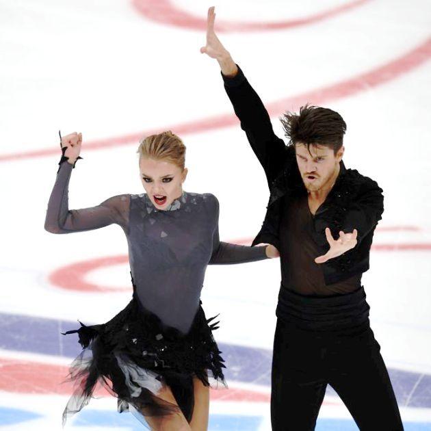 Alexandra Stepanova - Ivan Bukin aus Russland im Kurzprogramm Eiskunstlauf-Saison 2018-2019