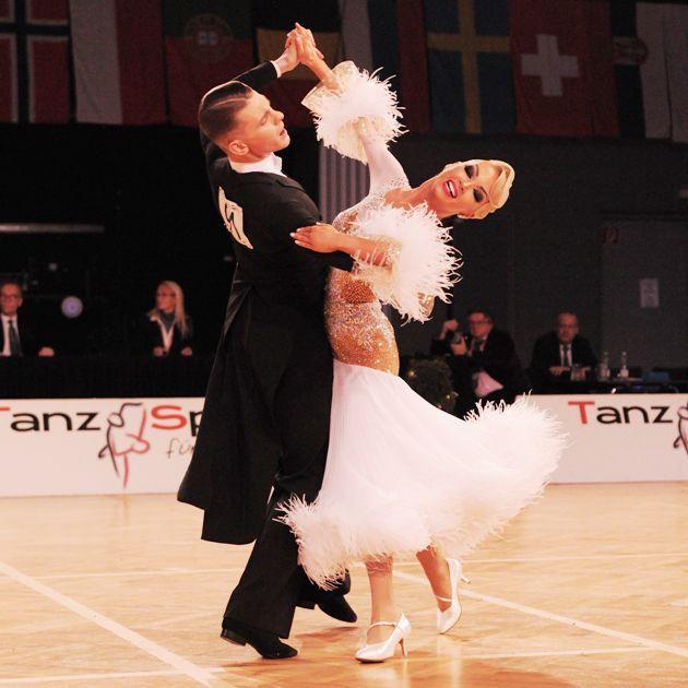 Tanzsport WM Standard 2018 am 17.11.2018 in Wien bei Austrian Open Championships - hier Dmitry Zharkov - Olga Kulikova