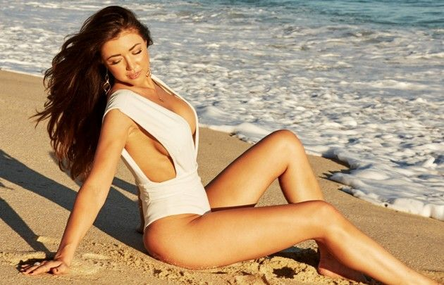 Mariya Bachelor 2019 Kandidatin im Badeanzug
