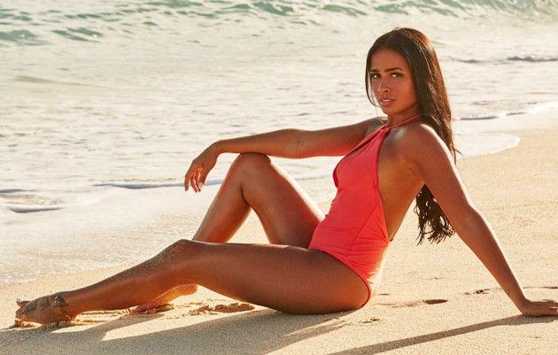 Nathalia neue Bachelor 2019 Kandidatin im Badeanzug
