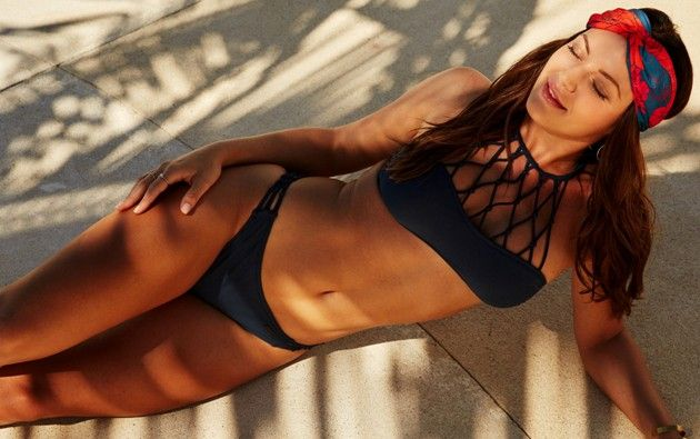 Stefanie Bachelor 2019 Kandidatin im Bikini