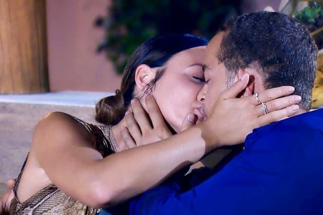 Stefanie und Andrej küssen sich beim Bachelor am 30.1.2019