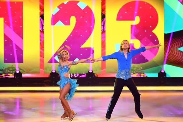 John Michael Kelly - Annette Dytrt bei Dancing on Ice am 3.2.2019