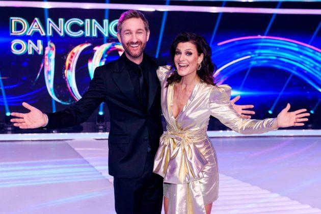 Marlene Lufen und Daniel Boschmann - Moderatoren Finale Dancing on Ice 10.2.2019
