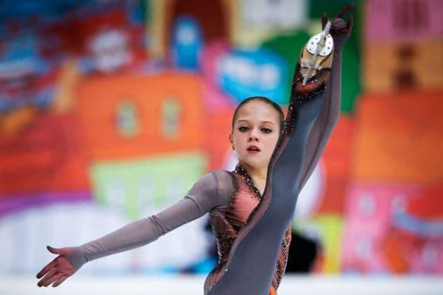 Alexandra Trusova - Junioren-Weltmeisterin 2019 im Eiskunstlauf