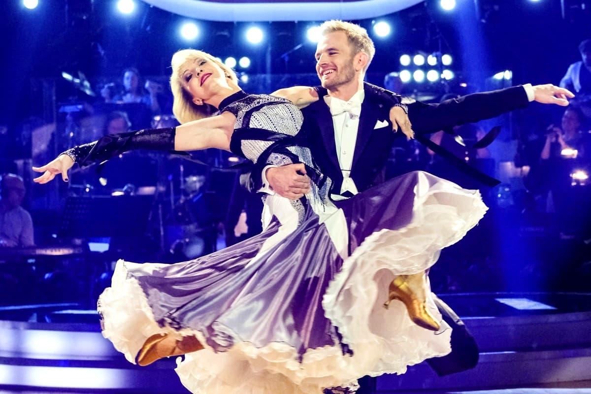 Julia Burghardt - Peter Hackmair bei den Dancing Stars am 15.3.2019