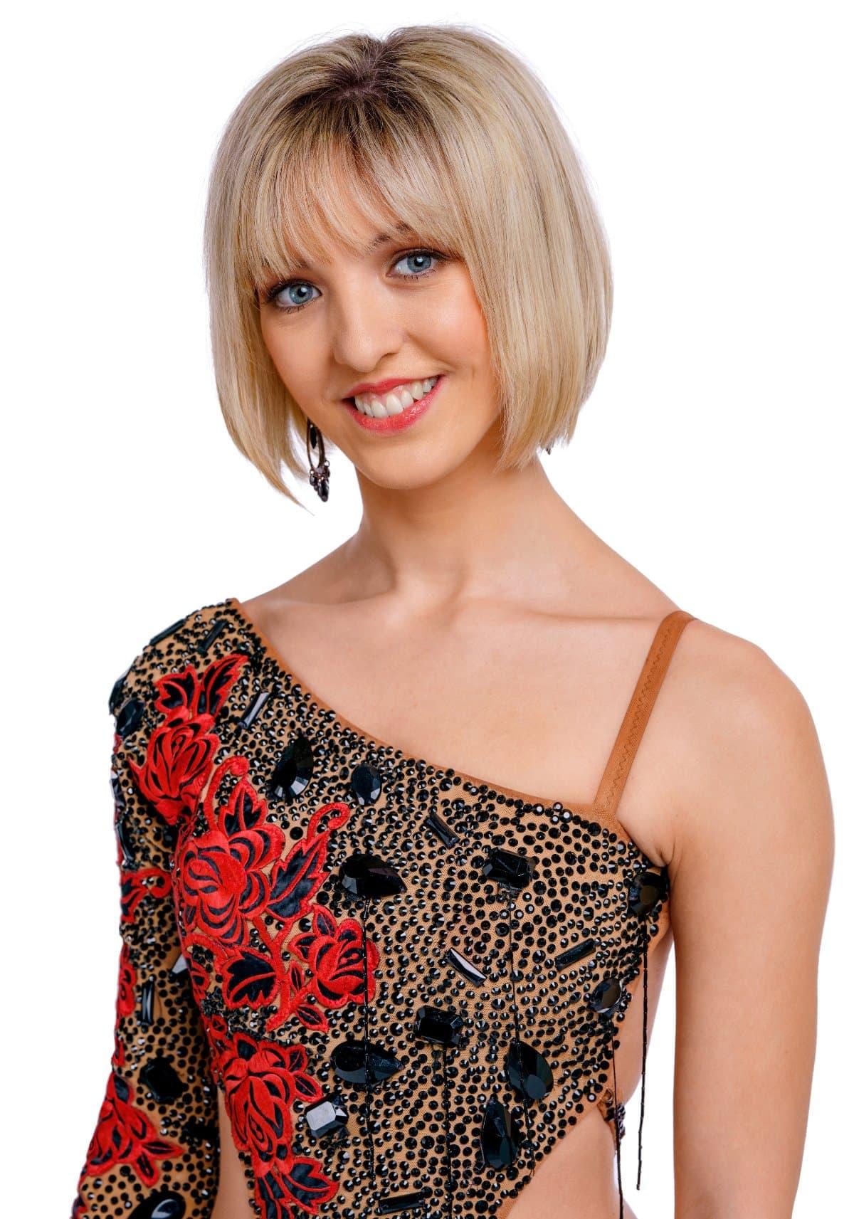 Julia Burghardt als Profitänzerin bei den Dancing Stars 2019