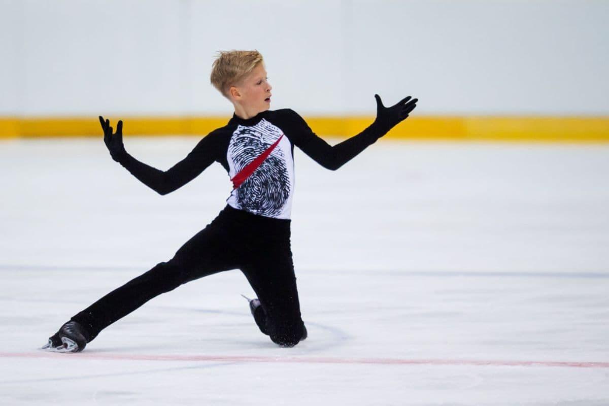Stephen Gogolev aus Kanada - Eiskunstlauf-Junioren-WM 2019