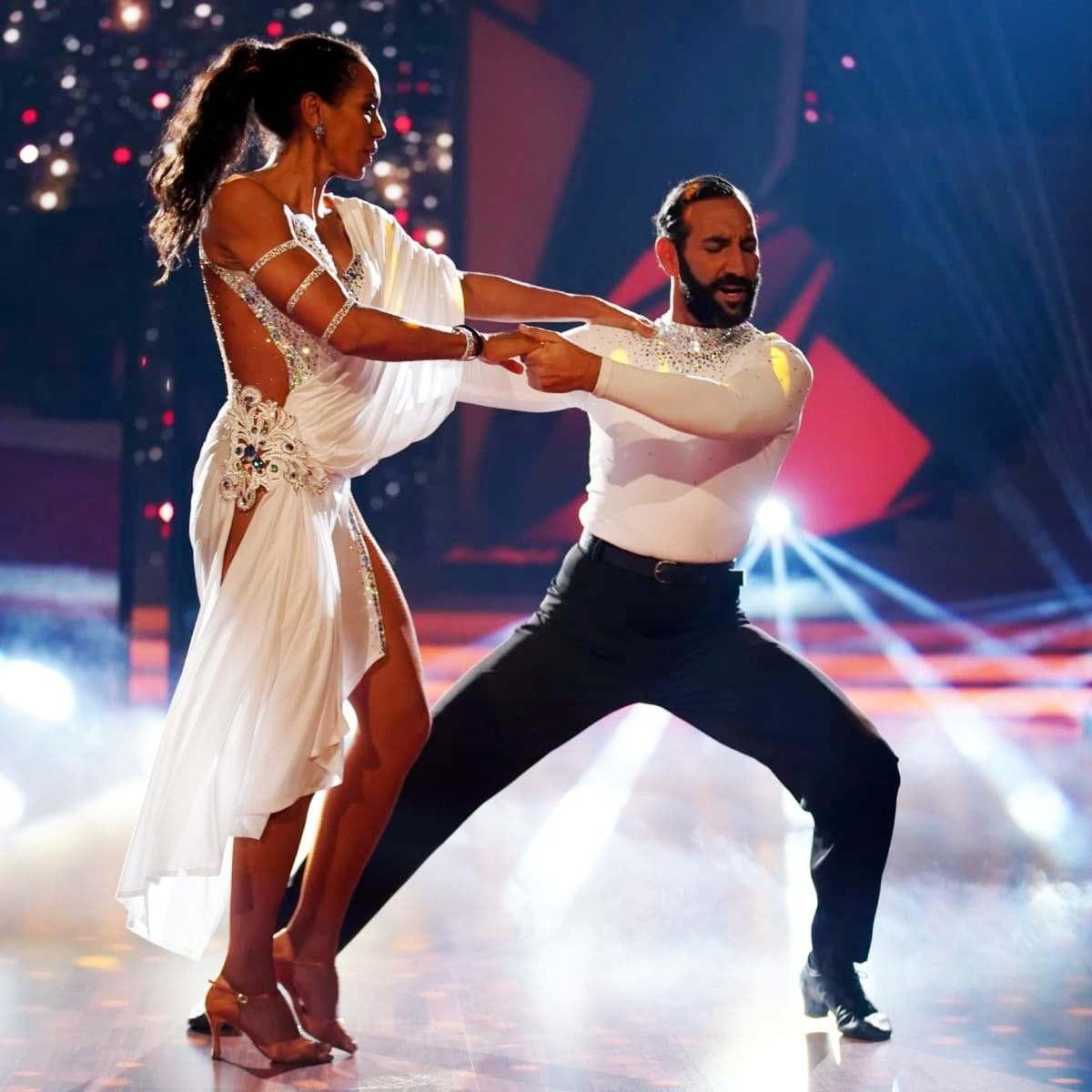 Barbara Becker - Massimo Sinato bei Let's dance 2019 am 5.4.2019