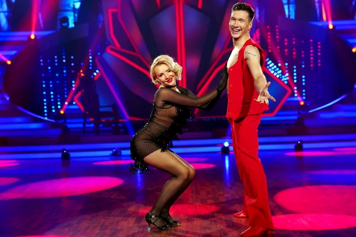 Evelyn Burdecki - Evgeny Vinokurov bei Let's dance am 10.5.2019