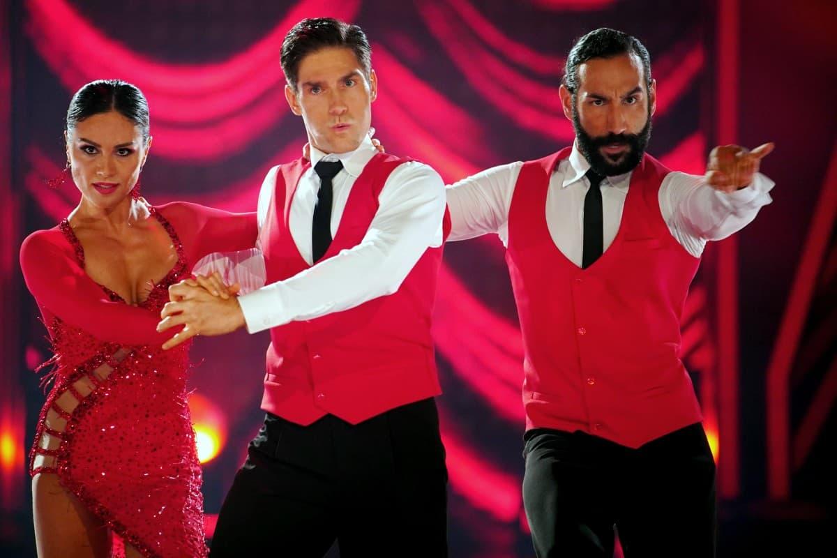 Nazan Eckes, Christian Polanc und Massimo Sinato bei Let's dance 2019 am 31.5.2019