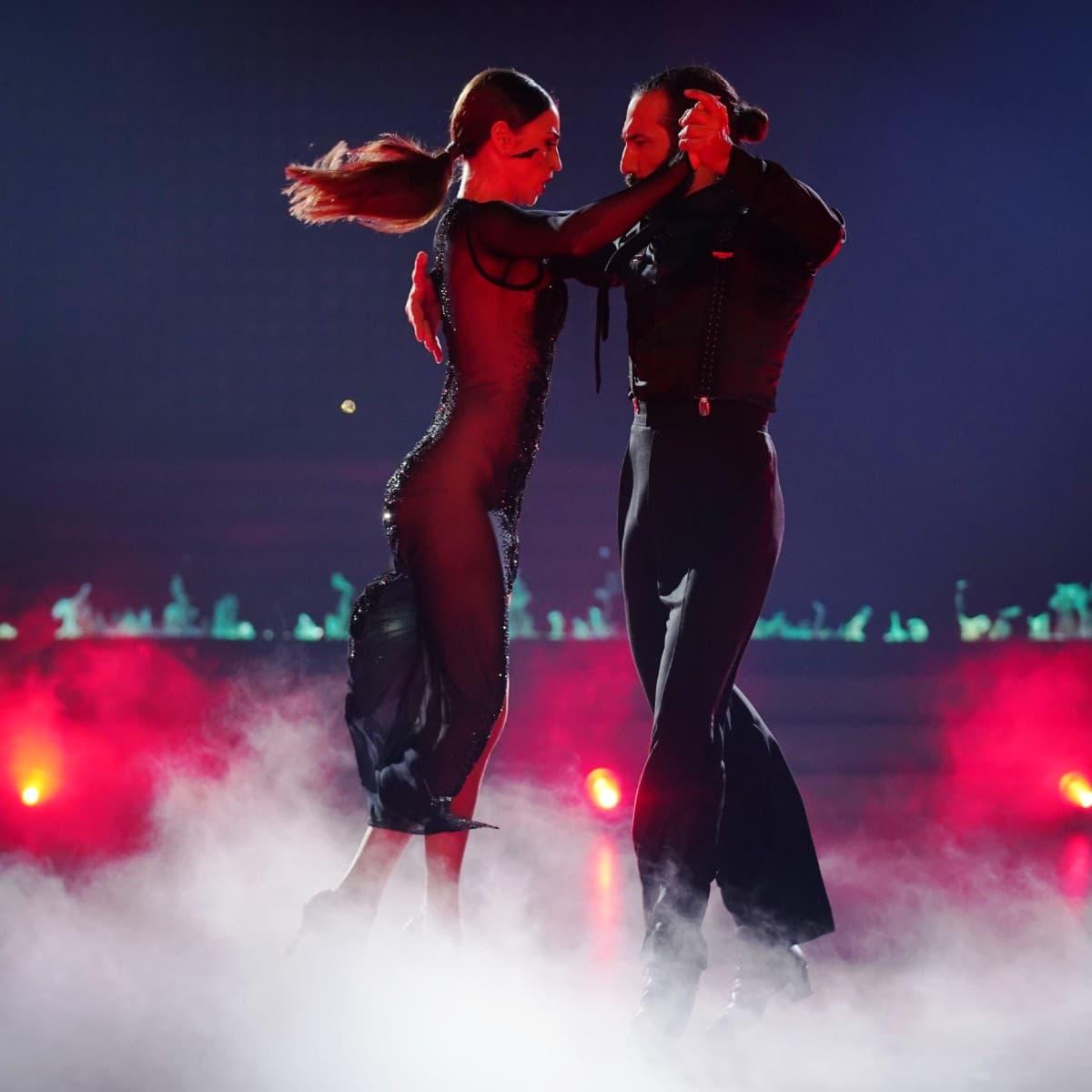 Ekaterina Leonova und Massimo Sinato bei Let's dance am 27.6.2019