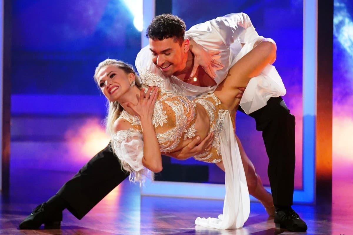 Katja Kalugina und Andrzej Cibis bei Let's dance am 27.6.2019